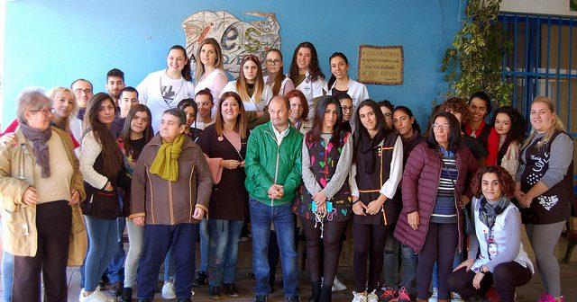 Sesión de peluquería y estética en el IES Abdera de Adra